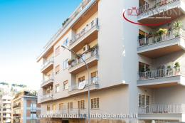 Appartamento in Vendita - Via S. Damaso, 00165 Roma RM, Italia