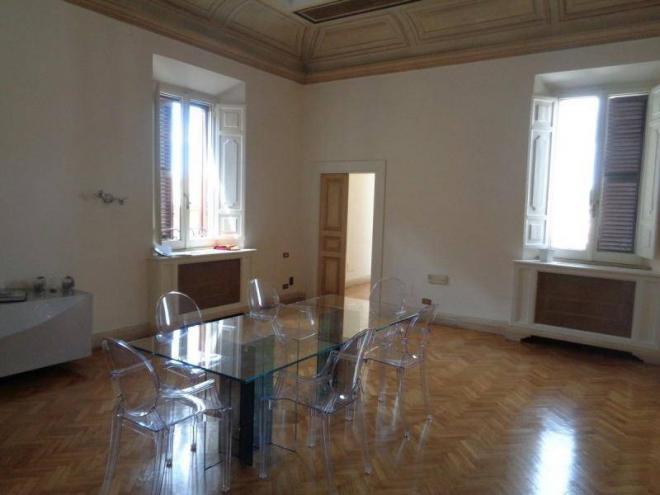 Ufficio In Affitto A Roma Centro Storico Ilmessaggerocasa It
