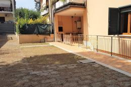 Appartamento in Affitto - Via del Fosso di Sant'Andrea, 00118 Roma RM, Italy